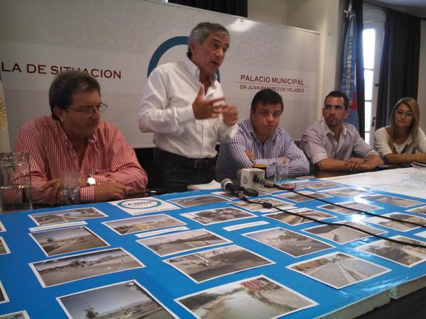 """Armando Molina: """"Es inminente la convocatoria a elección de convencionales"""""""
