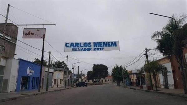 Afiches-Menem-Rioja-candidatura_CLAIMA20160523_0018_28