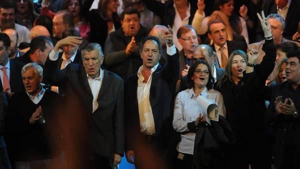 pj-daniel-scioli-congreso-fernando_claima20160516_0269_28.jpg