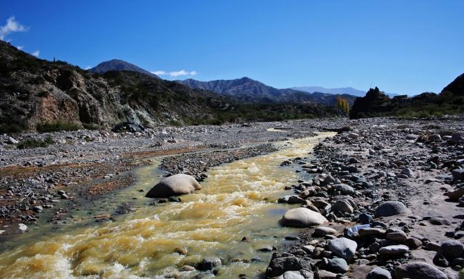 La exploración minera se centra en Vinchina y Lamadrid