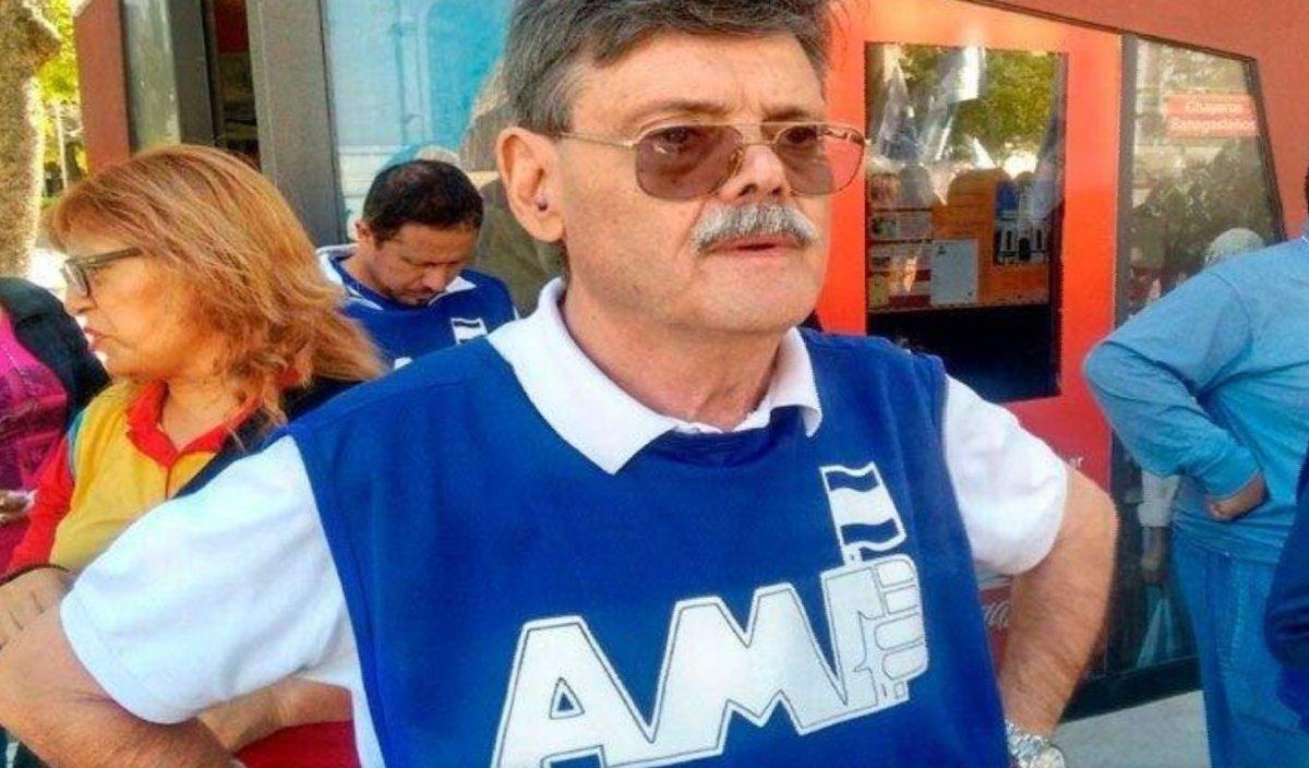 """De Leonardi: Los dirigentes de Cambiemos """"no están autorizados moralmente"""" para hacer comentarios  contra el gobierno provincial"""