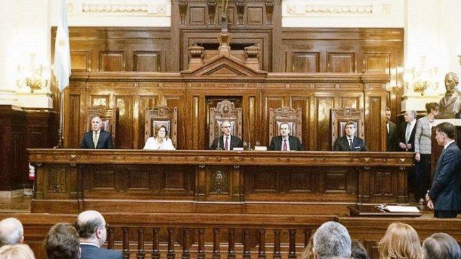 13 de marzo, fecha tentativa para fallo de la Corte por reelección en La Rioja