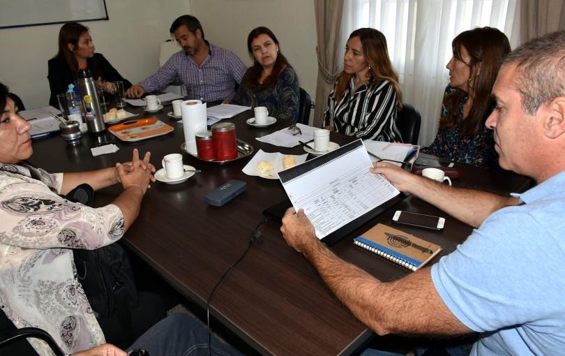 autoridades nacionales y equipo técnico  (1).jpg
