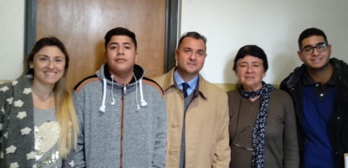 Una adopción que fortalece los lazos de una familia