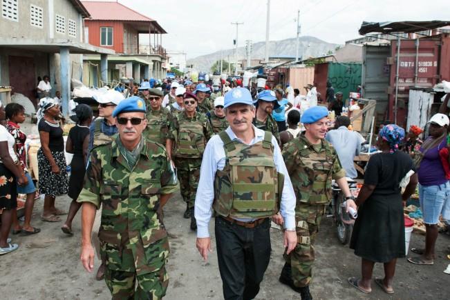 """Julio Martínez por tropas en Haití: """"Hay una epidemia decólera"""""""