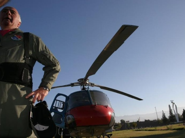 El piloto mendocino que murió en el accidente de helicópteros iba a serabuelo
