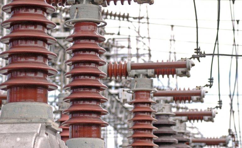 El gobierno negocia con las provincias congelar las tarifaseléctricas