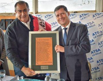 """El gobernador Casas dijo que el triunfo del Frente de Todos """"fue el primerpaso"""""""
