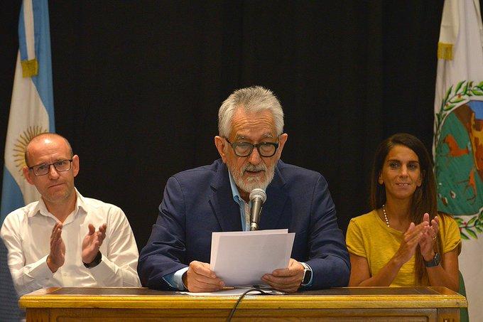 San Luis, que recibe la misma cantidad de coparticipación que La Rioja, otorgó un aumento salarial del40%